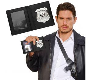 Special Police -virkamerkki lompakossa