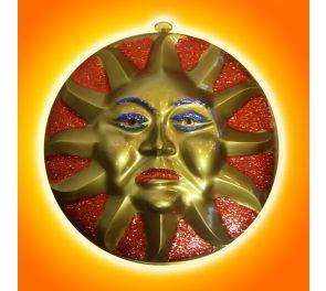 Aurinko-seinäkoriste glitter-koristeilla