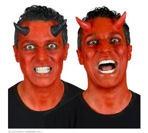 Mustat tai punaiset paholaisen sarvet