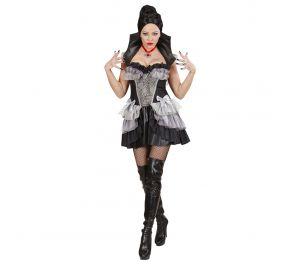 Vampyyri-asu halloweeniin