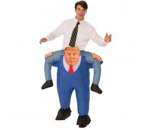 Naamiaisasu presidentti Donald Trumpista