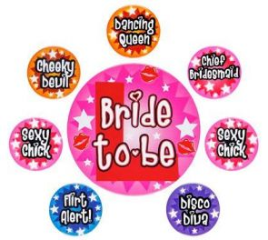 Bride To Be -rintanappisetti polttarimenoon ja tyttöjen iltaan